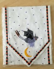 PATIENCE BREWSTER KRINKLES BAT HALLOWEEN TABLE RUNNER NEW. 60 INCHES. RV $64