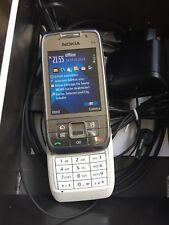 Nokia e66-WHITE STEEL (Senza SIM-lock) cellulare ben erhaten, vedi foto!!!