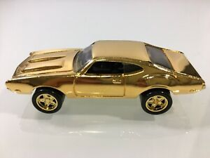 HOT WHEELS OLDSMOBILE 442 24K GOLD PLATED