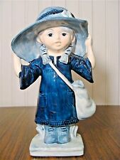 """Beautiful Vintage CASSIDY'S Montreal - Toronto GIRL With Big Hat 7.5""""Tall"""