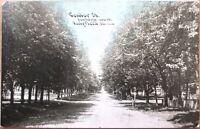 1910 Fairfield, IL Postcard: 'Center Street' - Illinois