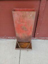 Red Metal Stand Up Wall Mount Hog Feeder 28 12 Flower Garden Fence Decor 3