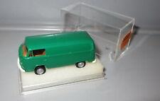 Brekina 33500 VW T2 Bulli _ Kasten _ grün _ H5007