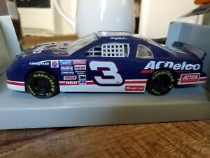 Rare 1997 Winners Circle nascar AC Delco #3 Dale Earnhardt 1:24 scale brand new