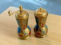 Vintage Italian Salt and Pepper Grinder Shakers, made in Italy