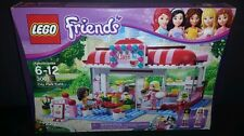 LEGO Friends City Park Café 3061 222 Pieces New Sealed Retired Andrea & Marie