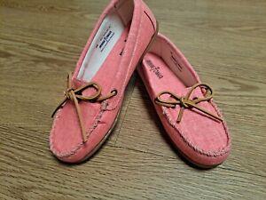 Minnetonka moccasin Coral Slip On Shoes Womens Sz 6.5m NWOB