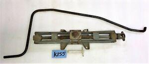 USED OEM ... '61 - '73 VOLVO P1800 SCREW TYPE CAR JACK     K155