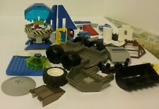 Lego lot of assorted vintage parts