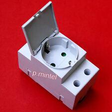 ABB M1175-C Schuko-Steckdose für Tragschiene mit Klappdeckel