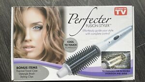 Perfecter Fusion Styler Calista Tools with brush, travel case & styling clips