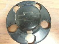 95-04 Chevy Blazer S10 5 lug center cap  560-5040