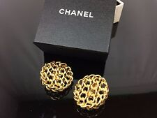 Auth CHANEL Gold Tone Earrings 7F130280m