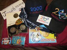 Disney World Cast Member Exclusive Commemorative Medallion & Hat Pin lanyard DRC