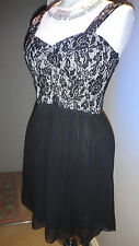 Pretty 'Agenda London' Black Floral Lace Sequined Skater Dress Size 12