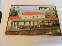 HO Scale Faller Covered Station Platform Model Kit #1109 BNOS