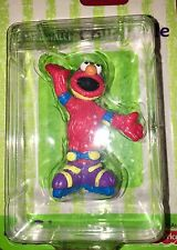 2001 Sesame Street Collectible Fisher-Price ELMO