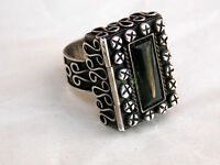 Vintage Mexican Sterling Silver Obsidian Stone POISON RING Taxco size 7.25