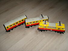 Lego Train 12V Intercity Passenger Train 7740 in a good but used condition