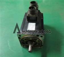 1PCS USED Yaskawa servo motor SGMG-03A2AB