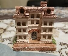 Small Ceramic Cottages Windsor Arms 1994