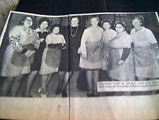 67-3  ephemera 1974 picture margate jolyans staff serve last cups of tea