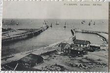 CPA 76 Dieppe Les Jetées 1911