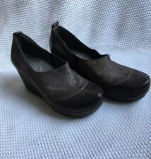 OTBT Tan Leather Wedge Shoes 8 Womens Gray Mules Rubber Sole Washougal