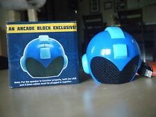 Mega Man Portable Helmet Speaker and Vinyl Figure Arcade Block Kid Robot