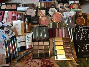 69 piece cosmetic -box NARS STILA, MARC JACOBS, TOO FACED  CHARLOTTE TILBURY