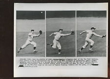 Original July 12 1958 Mickey Mantle Great Fielding Play 8 X 10 Wire Photo