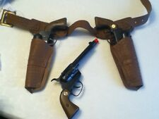 AGENT ZERO Double guns and holster + extra