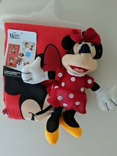 New, 2 Piece Minnie Mouse Bath Towel & Washable Minnie Mouse scrubby