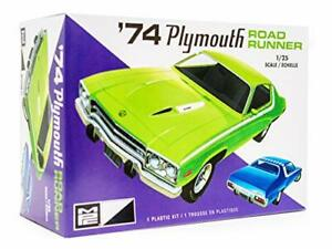 MPC 1974 Plymouth Road Runner - 1/25 Scale Model Car Kit - Vintage Vehicle