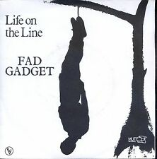 7inch FAD GADGET life on the line FRANCE 1982 EX +PS