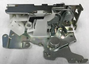 DODGE MERCEDES Sprinter van 1995-06 sliding door lock assembly