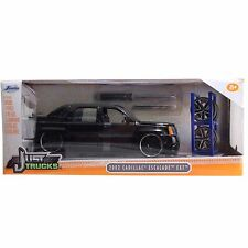JADA 1/24 JUST TRUCKS 2002 CADILLAC ESCALADE EXT W/ EXTRA WHEELS DIECAST CAR