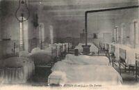 AUTUN - Pensionnat Saint-Andoche - un dortoir