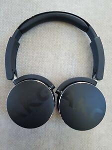 AKG Y50BT BLK On-Ear Wireless Headphone - Black