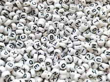 500 Stück schwarz Acryl Sortiert A-Z 5 Stück Buchstabenperlen 7 mm V121