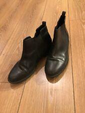 Dorothy Perkins Black Chelsea Boots- Size 5