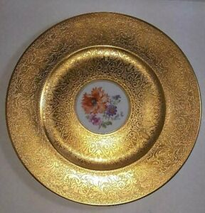 Gorgeous Highly Gilded Hutschenreuther Cabinet Plate with Poppy Bouquet