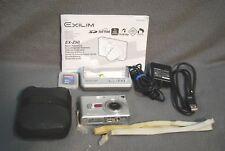 CASIO Exilim EX-Z50 5.0MP DIGITAL CAMERA KIT
