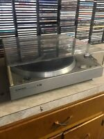 Pioneer PL-3000 Quartz-PLL Full Automatic Turntable with Pc135 Cartridge
