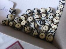 perle vintage, lot de 30 perle en verre ronde beige à filet noir motif ethnique