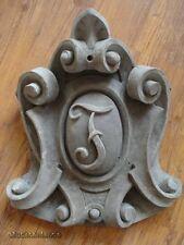 Fassadenstuck - wunderschönes, herrschaftliches Wappen aus Beton