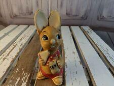 vtg vintage Pendelfin statue made England rabbit bunny muncher red pie