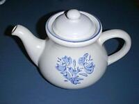 PFALTZGRAFF Stoneware Pottery ~YORKTOWNE BLUE~ Coffee or Tea Pot with Lid #550Y