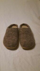 Giesswein Veitsch slippers mens Size 41 Ultra Comfort US 8.5 - 9  Wool