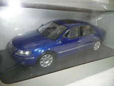 2005 VW PHAETON W12 6.0 BLUEMETALLIC 1:18 AUTOART DEALER 79744 VERY RARE